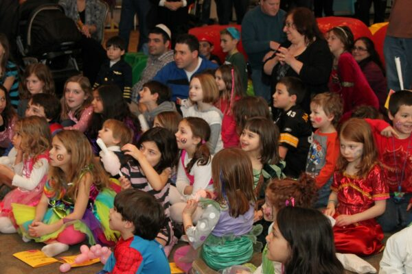 3/21 Purim Kids Program
